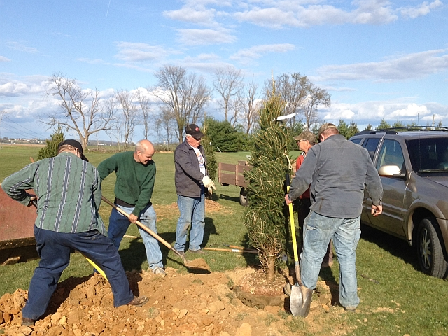 Planting trees at Snyder Park
